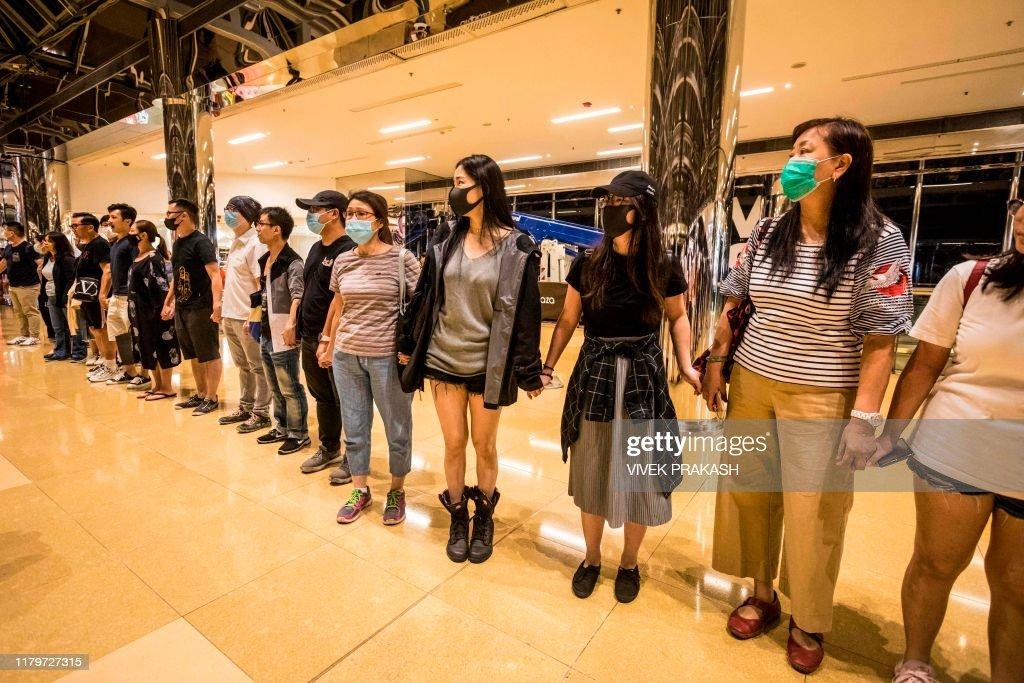 HONG KONG-CHINA-POLITICS-UNREST-CRIME : News Photo