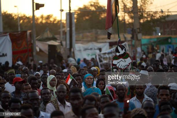 Protesters listen to speeches by each other about their hopes and plans for the future government on May 03, 2019 in Khartoum, Sudan. Thousands of...