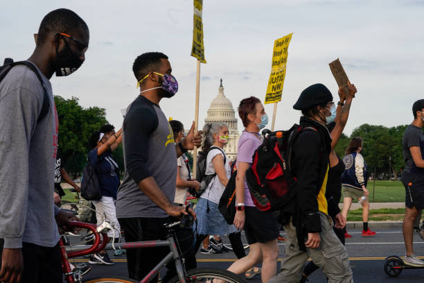 "DC: ""Reclaim Lafayette Park"" Protest Held Two Weeks After Controversial Clearing Took Place"