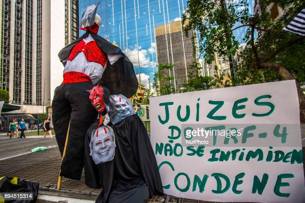 Protesters protested on 17 December 2017 on Avenida Paulista in Sao Paulo Brazil asking Lula in the Chain The Federal Regional Court of the 4th...