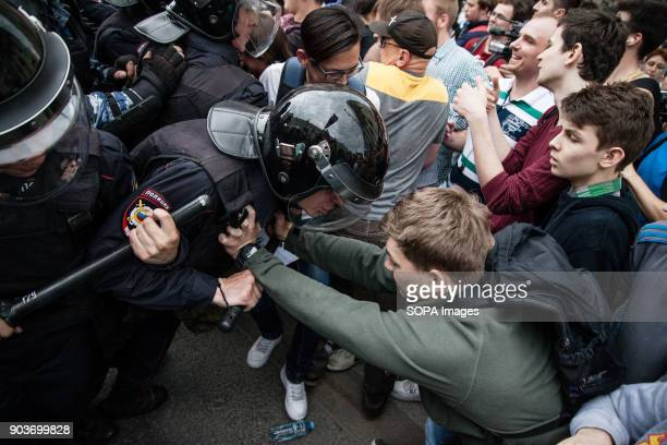 Protesters seen clashing with the police Anticorruption protest organised by opposition leader Alexei Navalny at Tverskaya Street