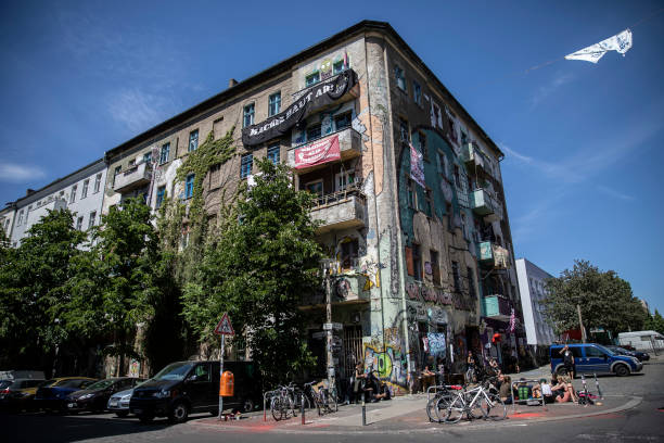 DEU: Liebig34 Anarchist Collective Faces Eviction