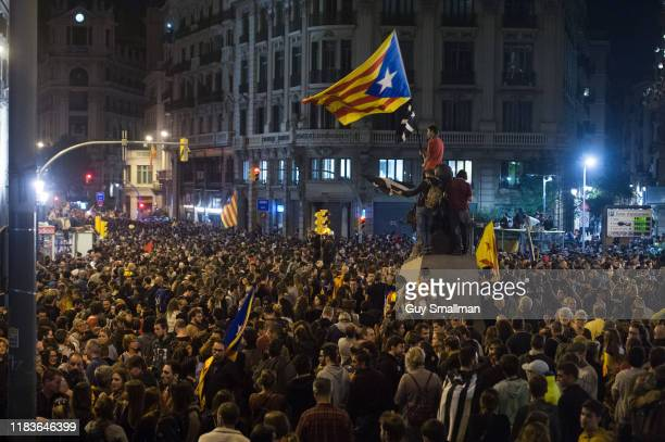 Protesters surround the central Police station in Barcelona on October 26, 2019 in Barcelona, Spain. Catalan pro-independence protesters demonstrate...