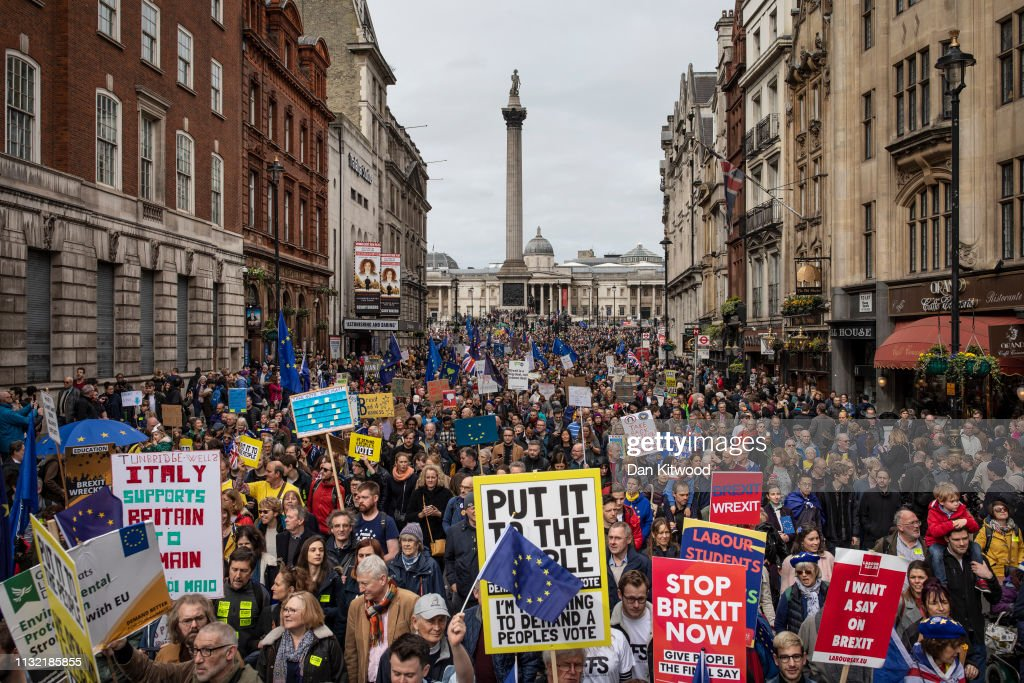 Put It To The People March Takes Place In Central London : Foto jornalística