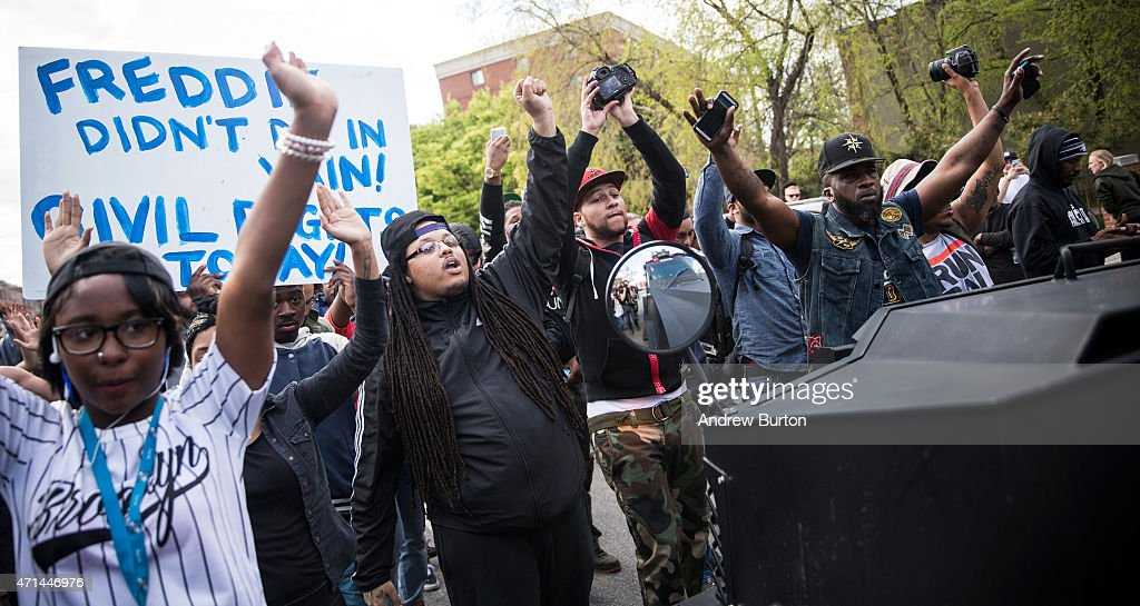 National Guard Activated To Calm Tensions In Baltimore In Wake Of Riots After Death Of Freddie Gray : ニュース写真