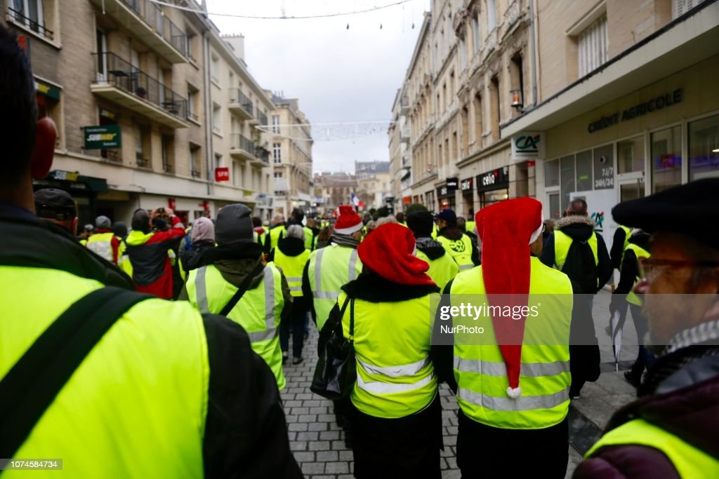Yellow vests protest in Caen, Normandie : News Photo