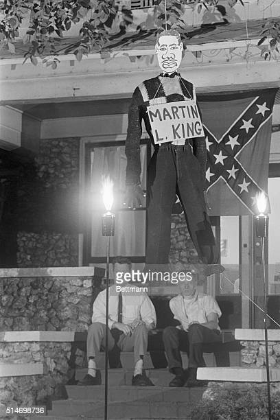 Protesting African American civil rights demonstrations Dr Edward R Fields and James Murray members of the National States Rights Party hang an...