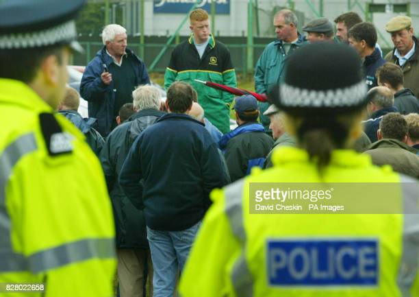 Protesting farmers block the main gate to the Wiseman dairies in East Kilbride Scottish dairy farmers are blockading milk tanker depots across the...