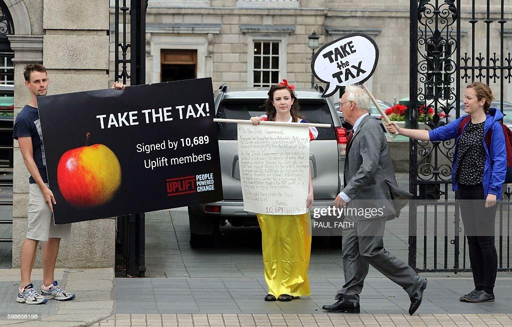 IRELAND-EU-APPLE-TAX-TECH : News Photo