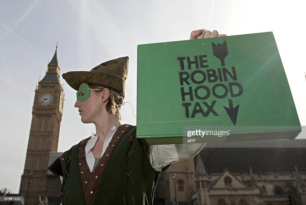 A protestor from the 'Robin Hood Tax Cam : ニュース写真