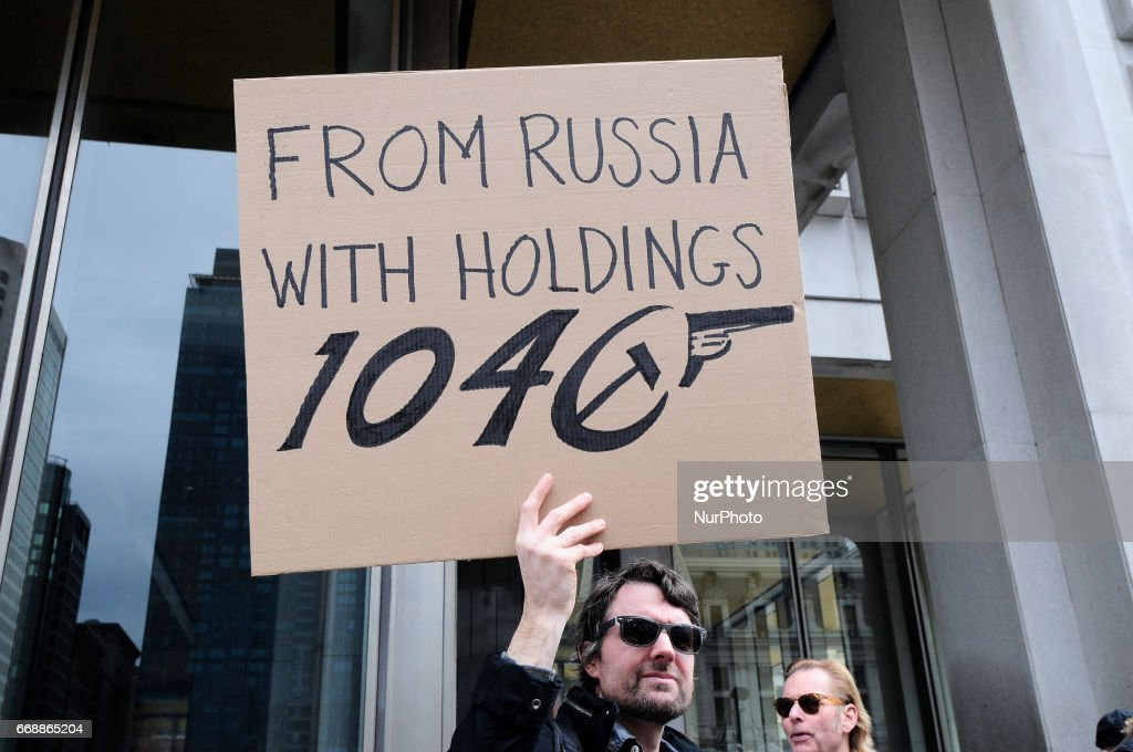Tax Day March in Philadelphia, PA : News Photo
