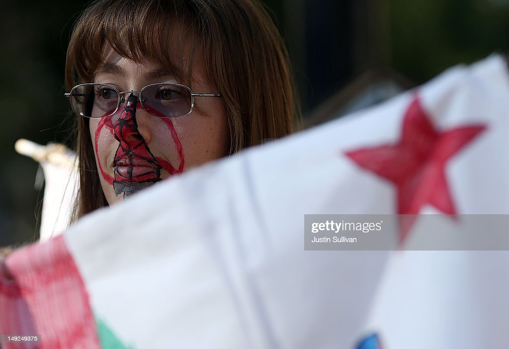 A protestor who identified herself as Kat wears face paint during a demonstration against fracking outside of the California Environmental Protection Agency (EPA) headquarters on July 25, 2012 in Sacramento, California. Dozens of environmental activists staged a 'Stop Fracking With California' demonstration outside the California EPA headquarters ahead of public workshop hosted by the Division of Oil Gas and Geothermal Resources where protestors are planning to voice their opposition to the rushed regulatory of fracking and the many threats to the environment imposed by the process of hydraulic fracking for oil and gas.