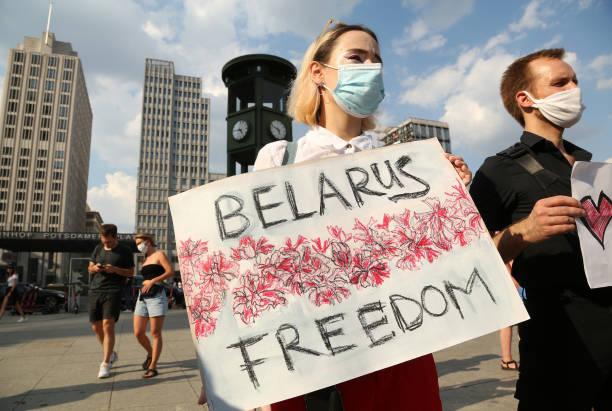 DEU: Protesters Decry Belarus Official Election Result