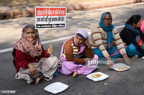 Protestors eat 'langar' or lunch to demonstrators who gathered to demand arrest of Congress leader Jagdish Tytler for his alleged role in the 1984...
