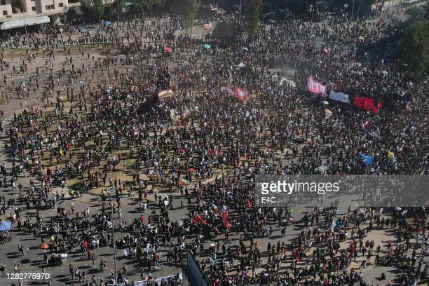 protestors in santiago, chile - demonstration stock pictures, royalty-free photos & images