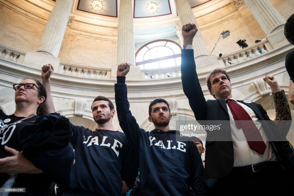 Members Of Congress Return To Capitol Hill Amidst New Kavanaugh Accusations : News Photo