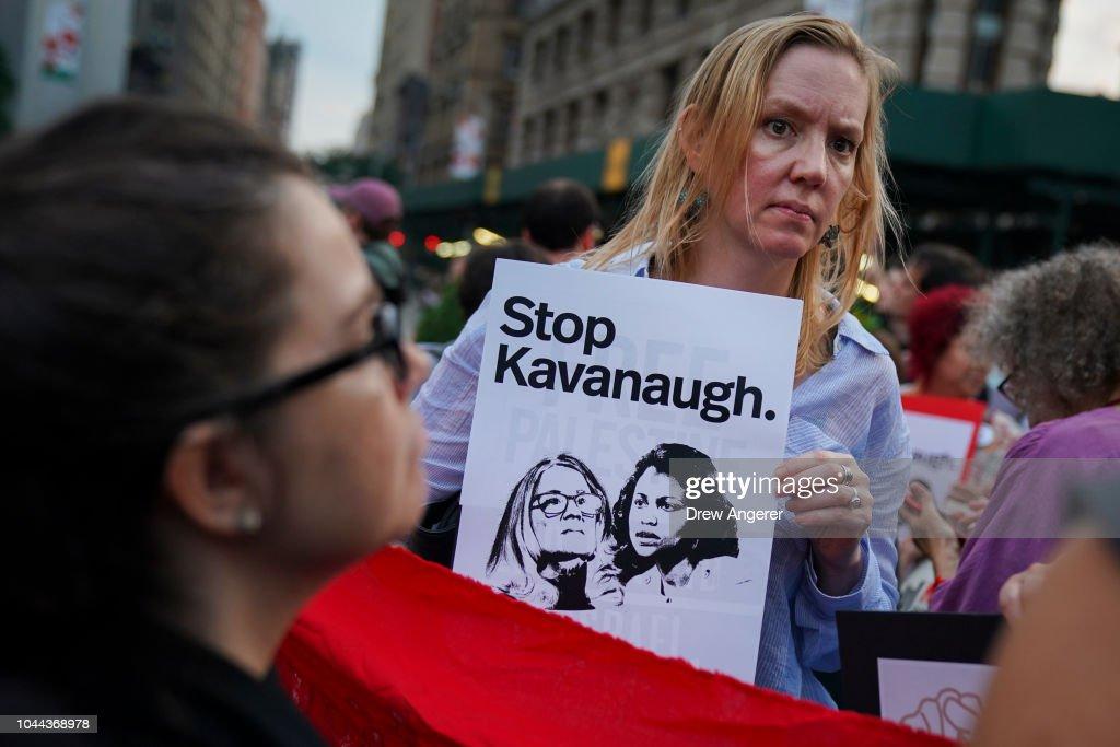 Protestors Demonstrate Against Supreme Court Nominee Brett Kavanaugh In New York : Nieuwsfoto's