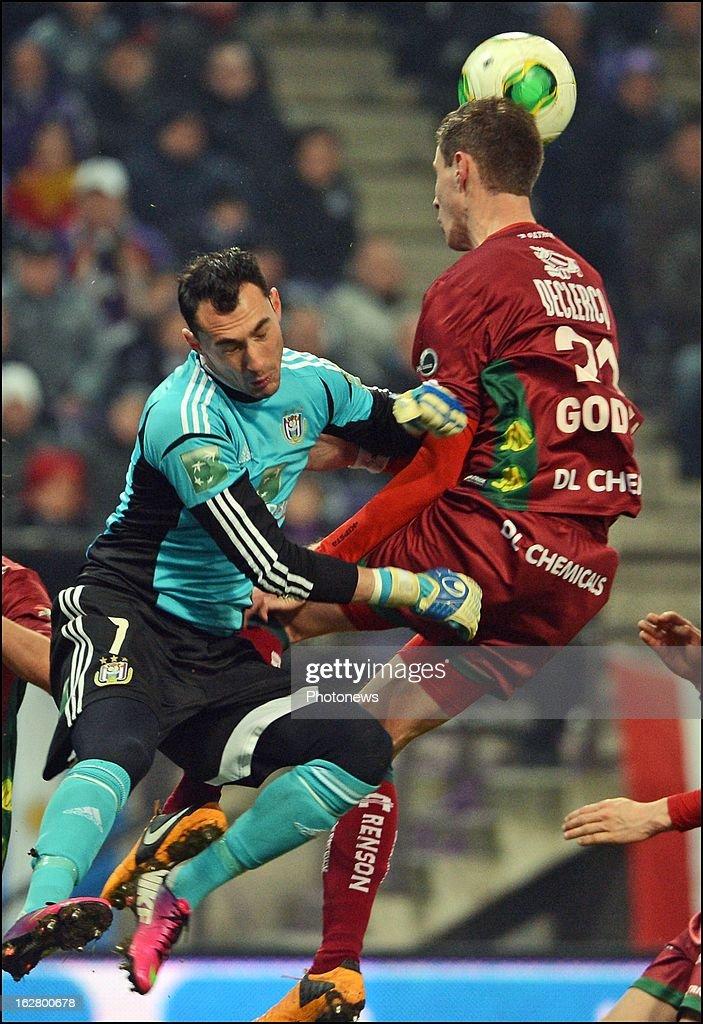 Proto Silvio goalkeeper of Rsc Anderlecht - Bruno Godeau of SV Zulte Waregem in action during the Jupiler League match between RSC Anderlecht and SV Zulte Waregem on February 27, 2013 in Anderlecht, Belgium.