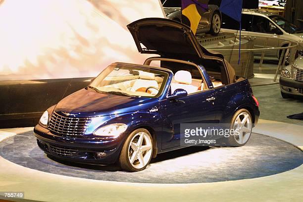 Us Auto Show Daimlerchrysler Pt Cruiser Stock Photos And