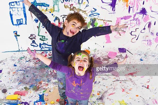 orgullosos de nuestra creación - pintar mural fotografías e imágenes de stock