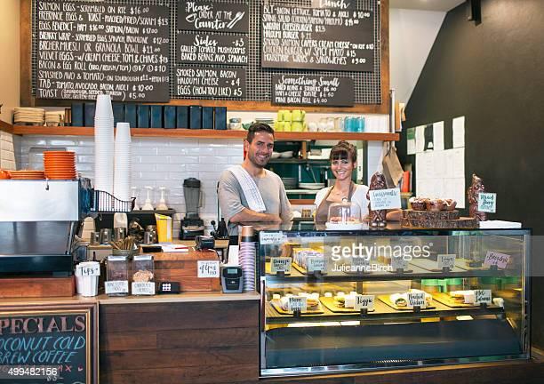 自慢のコーヒーバーのオーナー