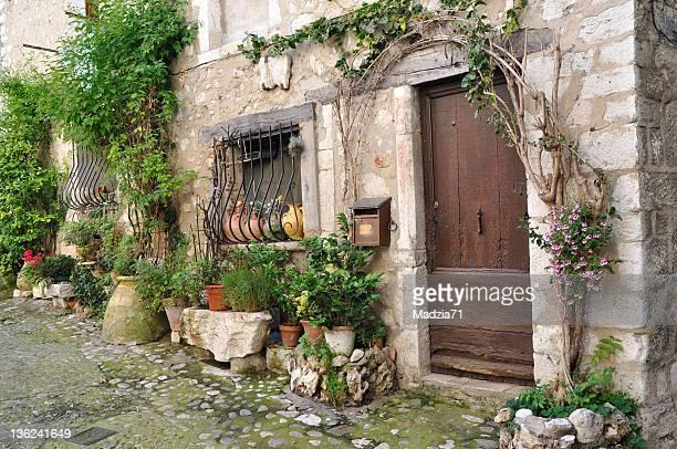 la provençale village - saint paul de vence photos et images de collection