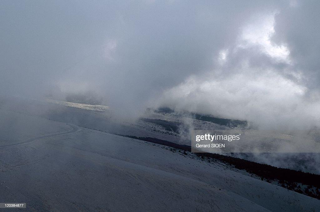 Provence : Mount Ventoux In France - : ニュース写真