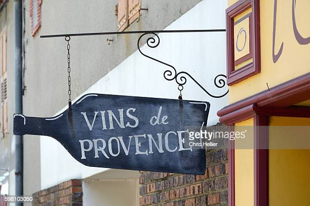 provence wines sign greoux-les-bains provence - alpes de haute provence stock pictures, royalty-free photos & images