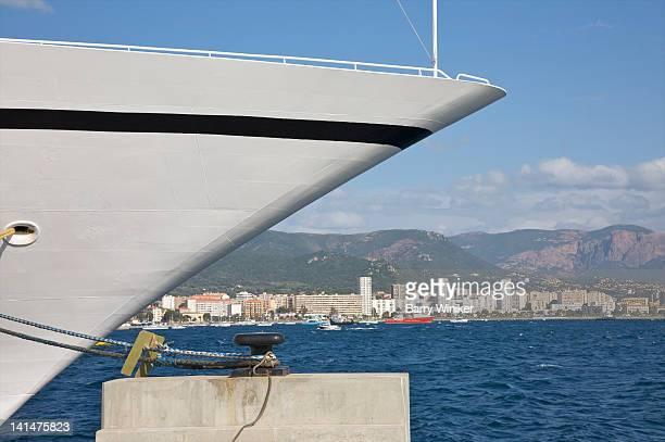 prow of ship, mediterranean and corsica buildings - paquebot france photos et images de collection