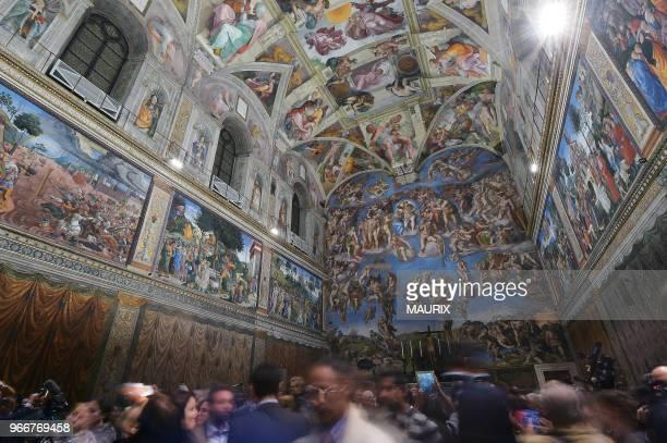 Présentation du nouveau système d'éclairage et d'aération installés dans la chapelle Sixtine le 29 octobre 2014 au Vatican 450 ans après la mort de...