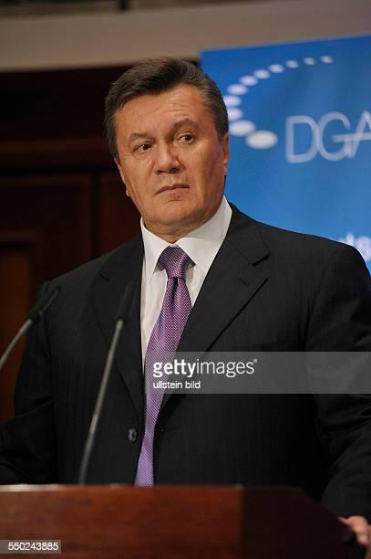 Präsident Viktor F Janukowitsch während einer Rede vor Mitgliedern der Deutschen Gesellschaft für Auswärtige Politik eV in Berlin
