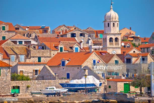 prvic sepurine stone architecture view - montenegro photos et images de collection