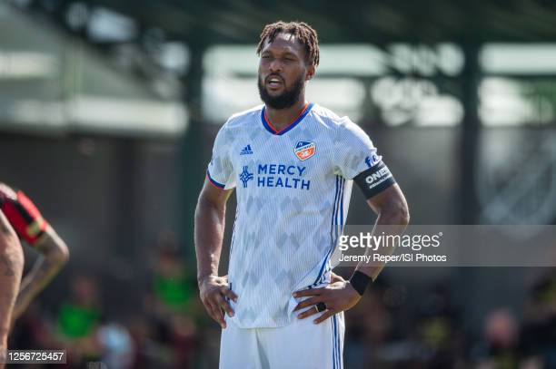 Przemyslaw Tyton of FC Cincinnati waits on the free kick during a game between FC Cincinnati and Atlanta United FC at Wide World of Sports on July...