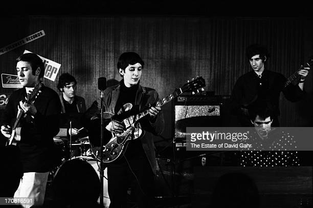 Psychedelic bluesrock band The Blues Project Danny Kalb Roy Blumenfeld Steve Katz Al Kooper Andy Kulberg perform at the Cafe Au Go Go in June 1967 in...