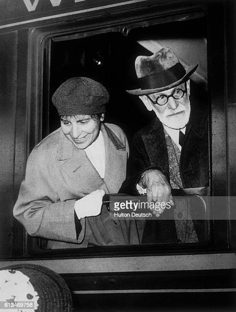 Psychoanalyst Sigmund Freud and his daughter and fellow psychoanalyst Anna Freud arrive in Paris in 1938, just after fleeing the Nazi occupation of...