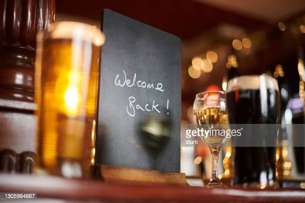 pub bar top blank sign - reopening stock pictures, royalty-free photos & images