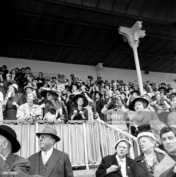 Public in the stand at Chantilly racourse for the Prix de Diane on June 6 1955 in Chantilly France