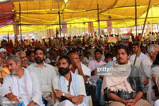 Public listening to Baba Ramdev