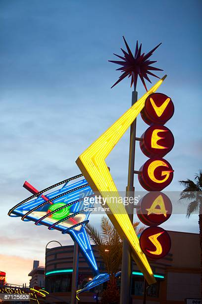 public neon signage at dusk - fremont street las vegas stock pictures, royalty-free photos & images