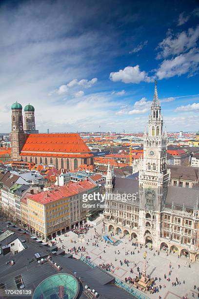 public square - new town hall munich stock pictures, royalty-free photos & images