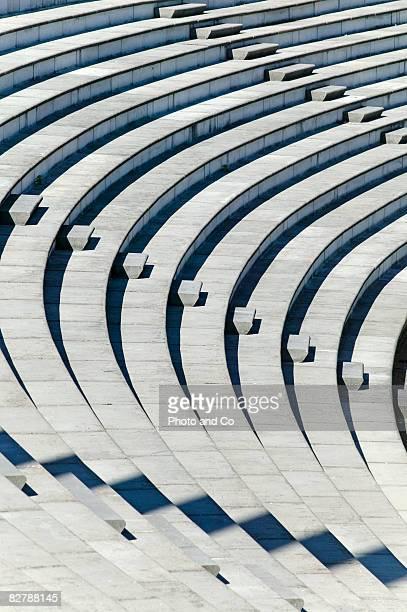 public stand - 円形劇場 ストックフォトと画像