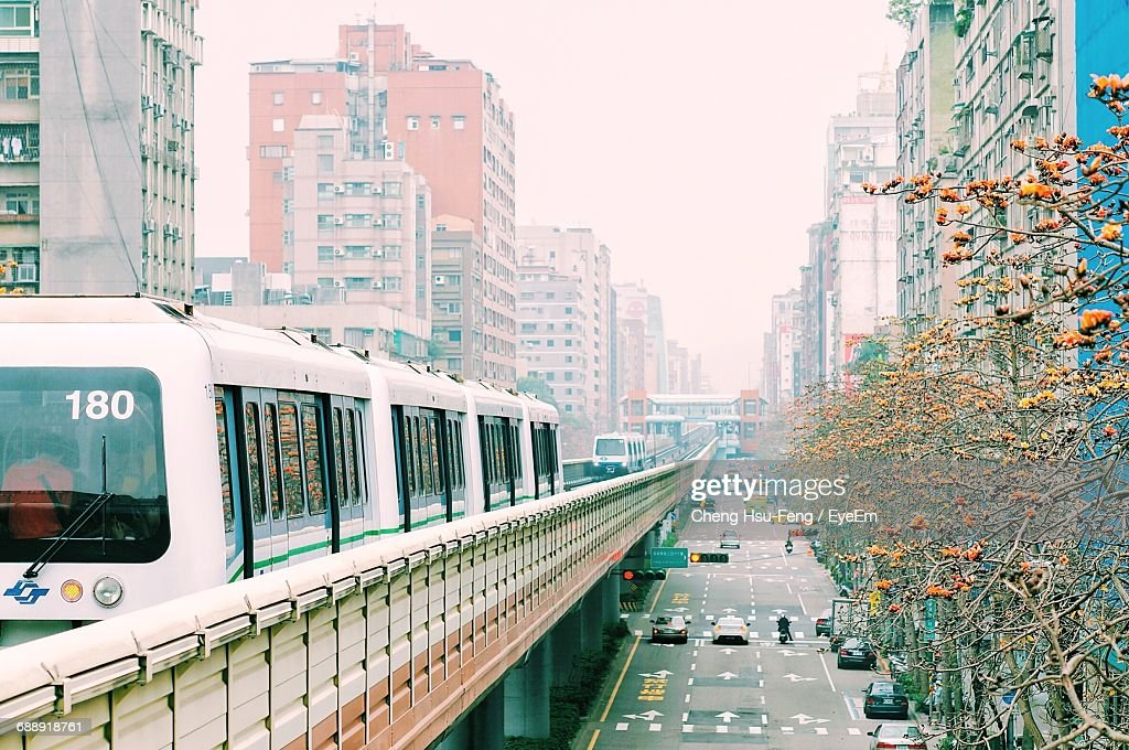 Public Transportation In Taipei Stock Photo - Getty Images