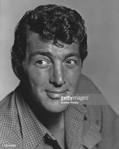 Publicity portrait of actor and singer Dean Martin for the 1959 film 'Rio Bravo'