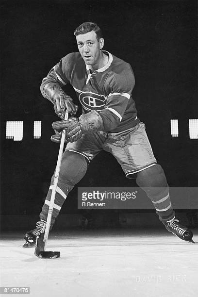 Publicity portrait of Canadian ice hockey player Ken Mosdell of the Montreal Canadiens mid 1940s ot 1950s