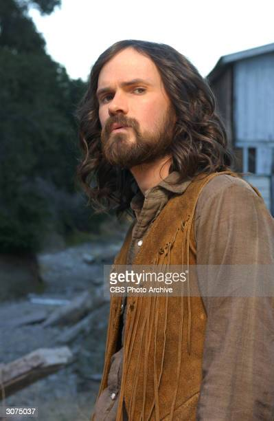 Publicity still of American actor Jeremy Davies in the madefortelevision movie 'Helter Skelter' directed by John Gray Los Angeles California November...
