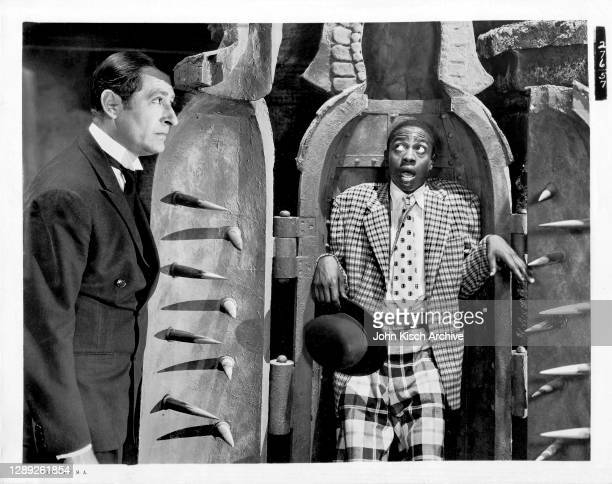 Publicity still of American actors Willie Best and Arthur Treacher in the comedy film 'Thank You Jeeves,' 1936.