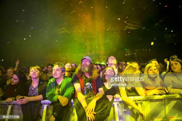 Publikum bei Tame Impala die australische Band mit Saenger Kevin Parker bei einem Konzert in Hamburg im Mehr Theater Photo by Jazz Archiv...