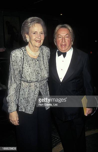 Publisher Katharine Graham and designer Arnold Scaasi attend Literacy Partners Evening of Reading Gala on May 5 1997 at the Mitzi Newhouse Theater in...