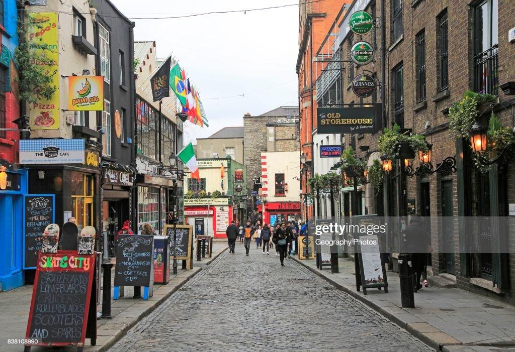 Pubs And Restaurants Line Street In The Temple Bar Area Dublin City