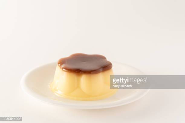 pudding - mousse dessert stock pictures, royalty-free photos & images